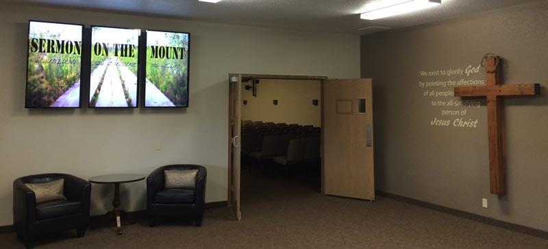 ways-to-use-Church-digital-signage-